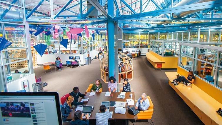 沒看錯,這裡不是矽谷高科技公司,是設計思考超酷學校!