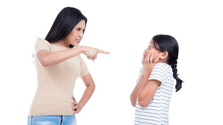 「戒吼」比吼孩子更難 培養正面行為的好方法