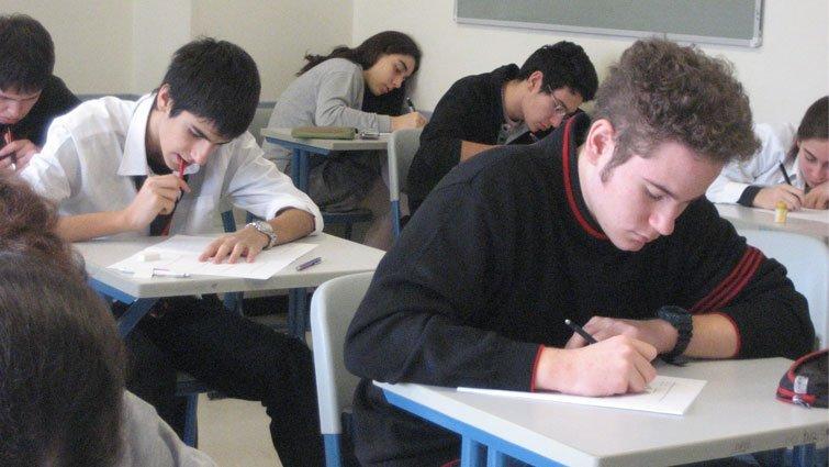 挑戰美國教育最大爭議 歐巴馬政府推動減少學校考試