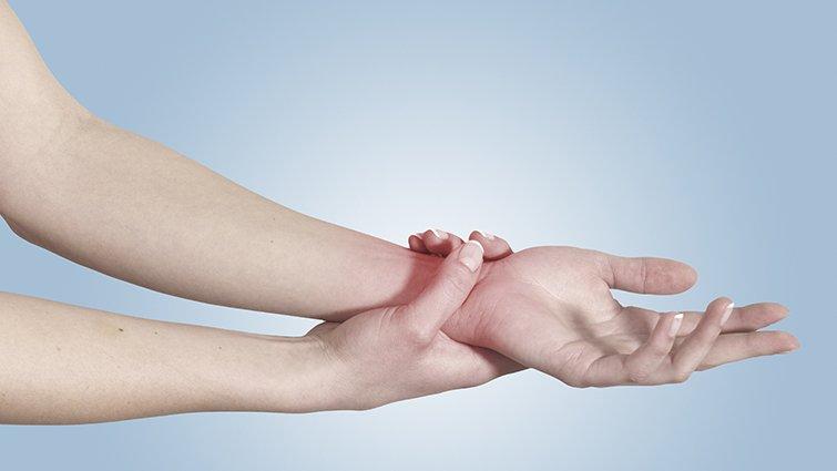 我們從不束縛孩子,國中的女兒為何割腕上癮?