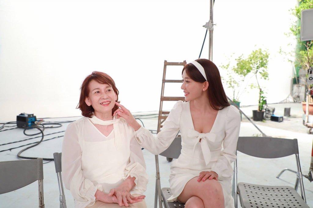 林志玲與媽媽的感情深厚