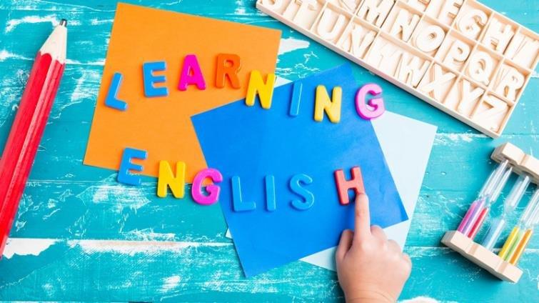 政院推2030雙語國家政策 國中小英語、部分科目全英文授課