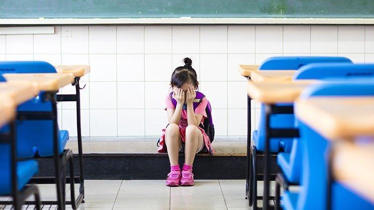 【請問教養專家】女兒沒有和好友分到同班,希望她能交新朋友,該怎麼引導?