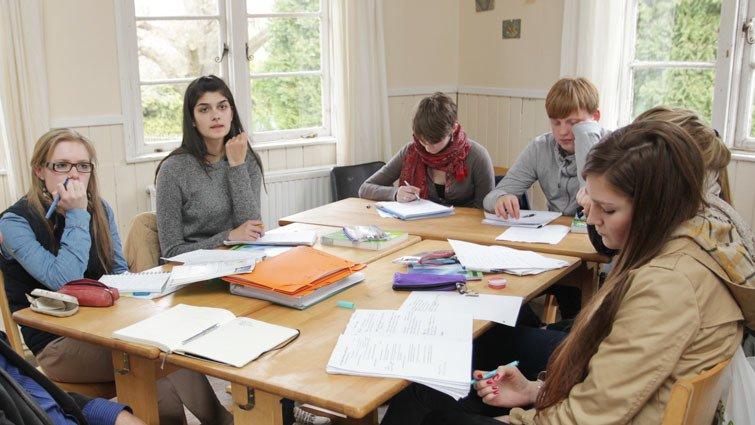 英國大學選才?不只考試成績好,更要會思考!