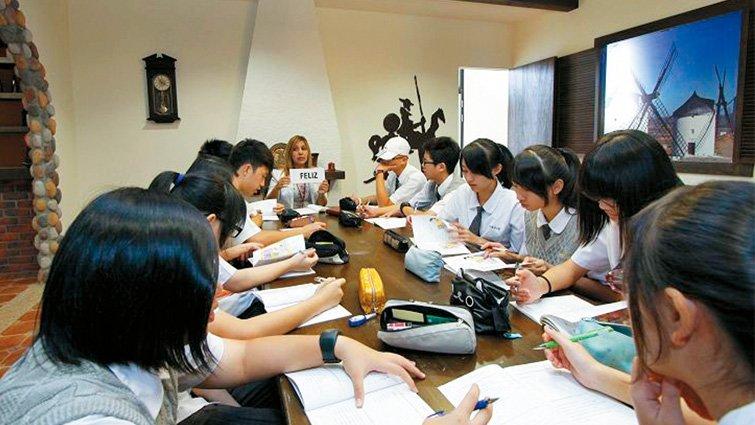 南投縣普台高中國中部:埔里山上的教育王國