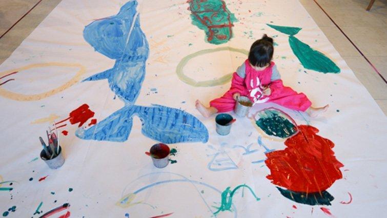 【親子餐廳.基隆】Artr 八斗子。海科館彩繪餐廳,讓孩子盡情塗鴉的超大畫布