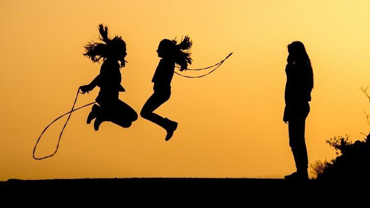 研究:每天跳繩30分鐘,孩子長高學習好