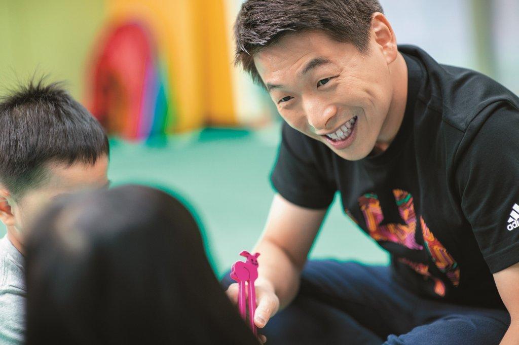 兒童發展專家王宏哲:透過快樂學音樂,陪伴孩子創造自己!