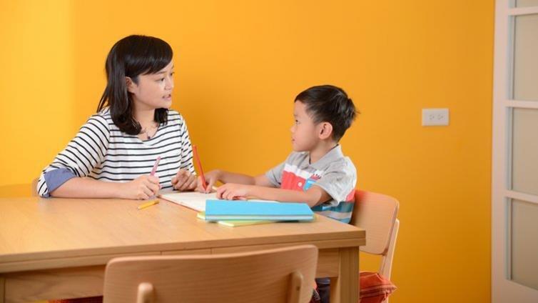 擦掉孩子不好看的字?李佳燕:這是一件不值得的事!