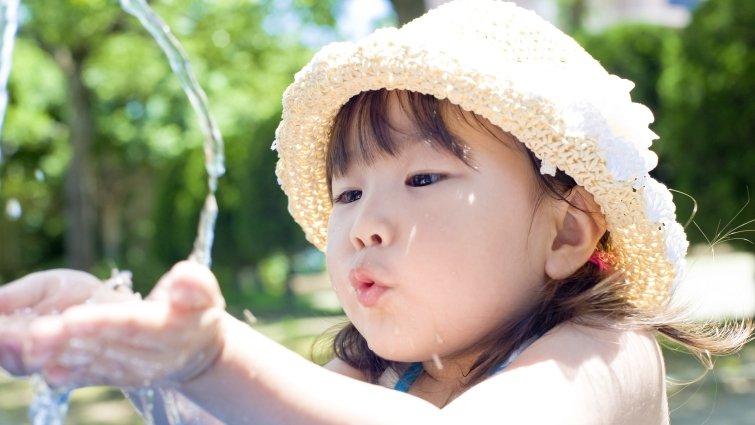 5大妙方,讓孩子愛喝水
