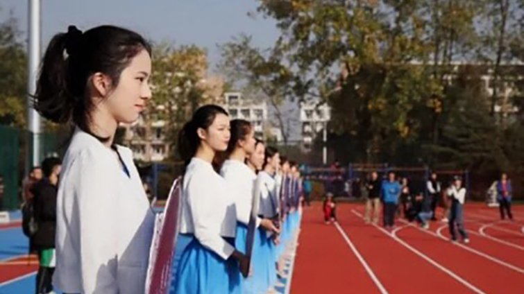 高中生出國念大學|家長篇 國中老師的北一女女兒,在中國學會的第一課是挫折忍耐力