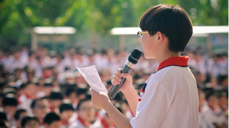小六阿煒演講比賽抽中題目:「如何照顧自己」正是他自己的故事