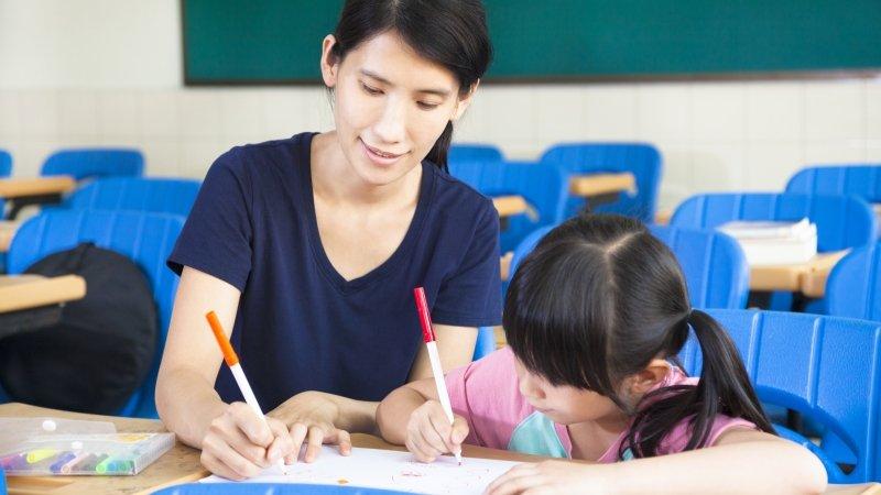 如何從容陪伴孩子寫功課