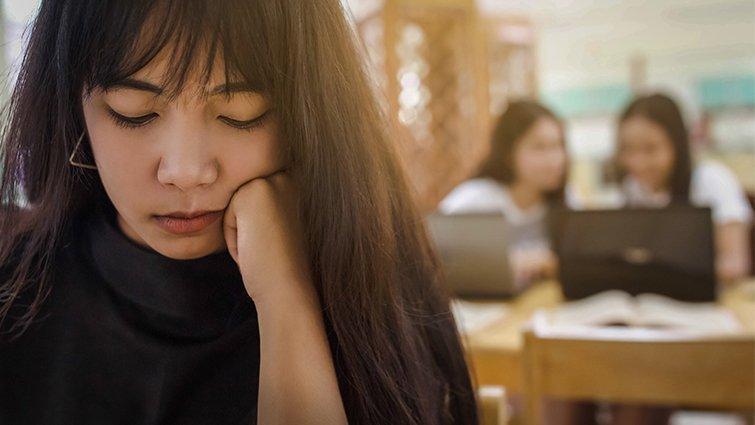 走過憂鬱的大一女生:我以為自己一輩子都不會好了