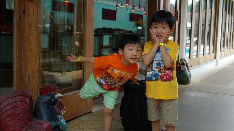 《窗邊的小荳荳》用不同的角度看到孩子的美好
