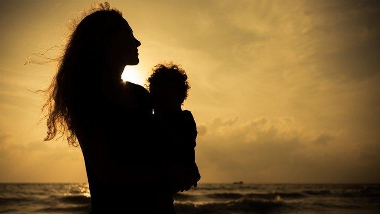 新手媽媽如何從公婆手中,拿回育兒主導權?