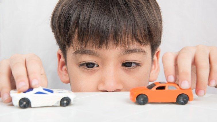 喜歡汽車的孩子,千萬別浪費他的天賦