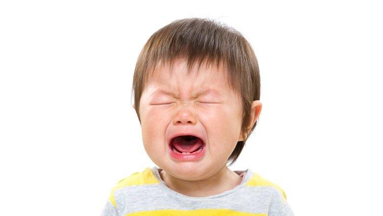 餵奶、換尿布都做了,寶寶還是一直哭鬧,怎麼辦?
