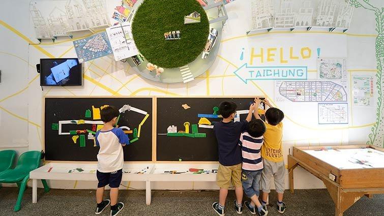 台中市四季藝術幼兒園:駐校藝術家培養小孩藝文涵養