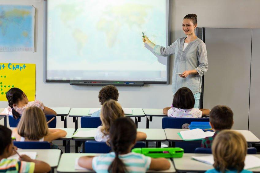 教室顯示器對學童視力的三大隱憂