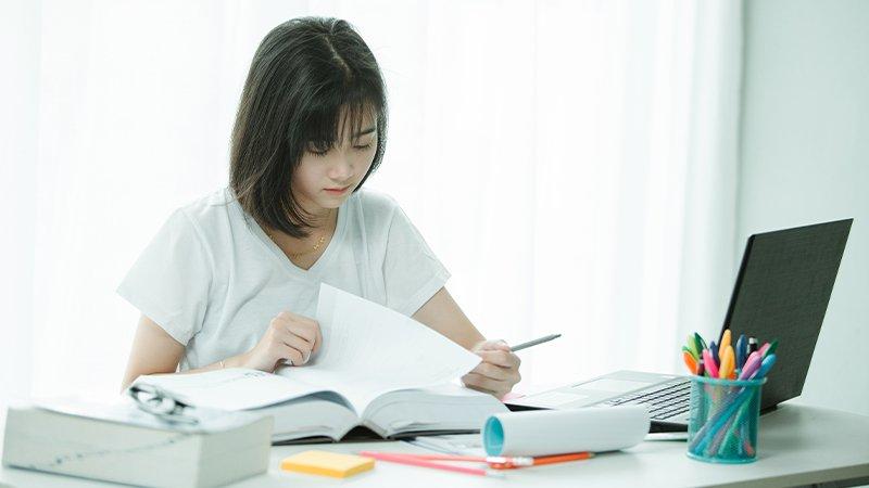 葉丙成:如果全班停課,學校老師、家長該怎麼應對?