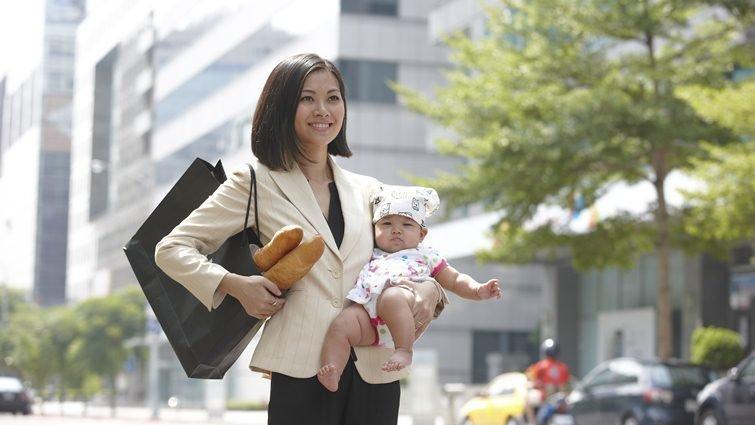 經濟學人雜誌:日本職業婦女背負動搖國本的挑戰