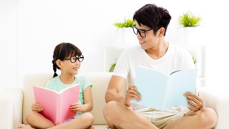 鄧惠文:一個好玩的父親,可以連結孩子內心的創造力跟自信