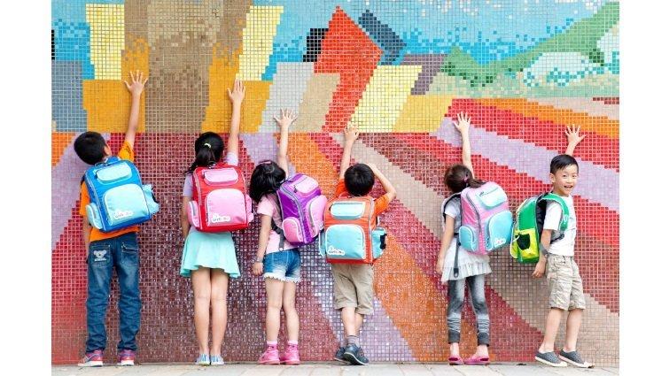 別讓沉重的書包,壓垮孩子的學習