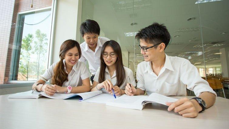 哲學教育,幫助學生長出信心
