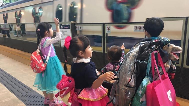 我的三小人生之香港迪士尼我來了(下):一打三遊園篇