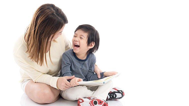 兒科醫師吳淑娟:陪伴共讀的你,是孩子最好的玩具!