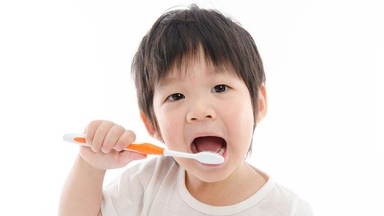 【黃瑽寧醫師專欄】小孩牙齒黑黑,不見得是蛀牙