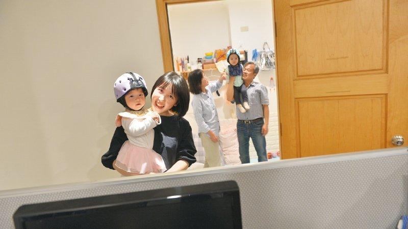 博仲法律事務所|爸媽帶小孩上班 工作專注度不降反升