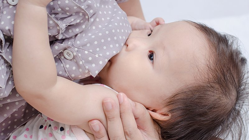 哺乳媽媽也能喝咖啡?哺乳期NG食物、常見問題懶人包